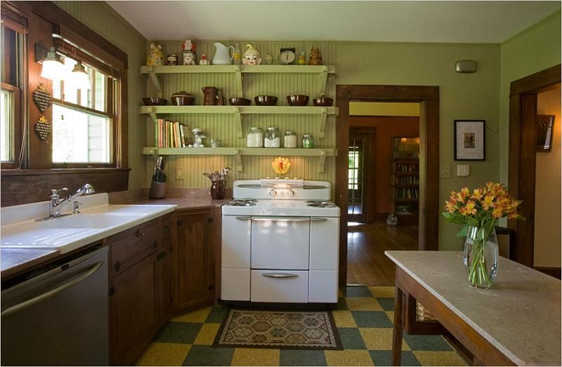 Beautiful Craftsman Style Woodwork Not Painted Craftsman Kitchen Kitchen Design Home