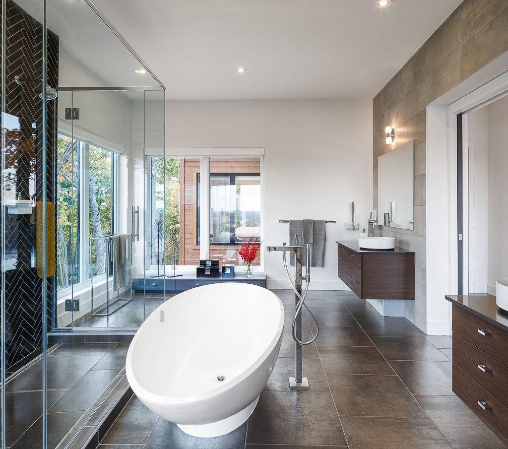 MASTER BATH WITH A VIEW. Modern master bath design by Astro Design ...