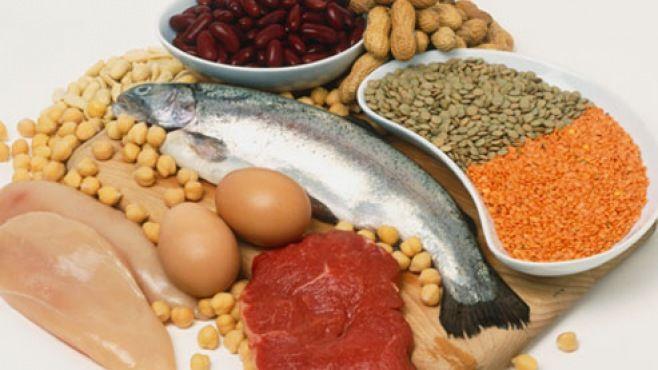 Yüksek Protein Diyeti - Protein, sağlıklı bir diyetin temelini oluşturan üç makro besinden bir tanesidir.