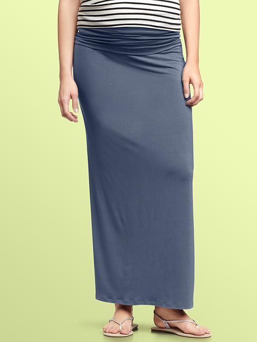 My new favorite of all time maxi skirt. Gap maternity.