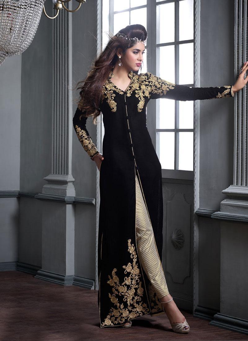 black v#elvet #achkan #style #salwar #kameez #nikvik #usa