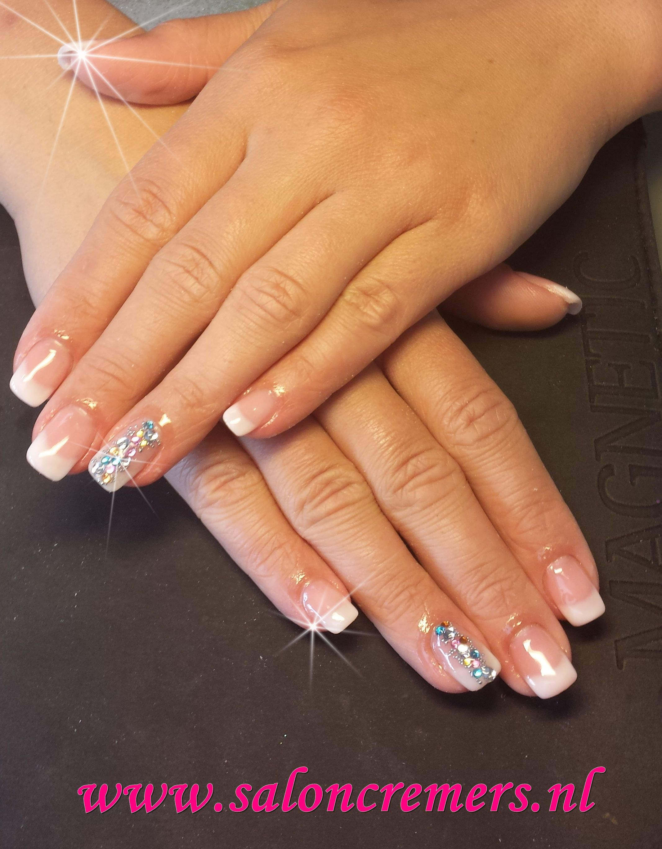 French manicure with strass bling - art / work | Pinterest
