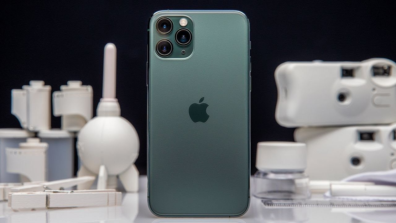 iPhone 11 Pro review: the BEST camera on a phone | Iphone 11, Best digital  camera, Iphone