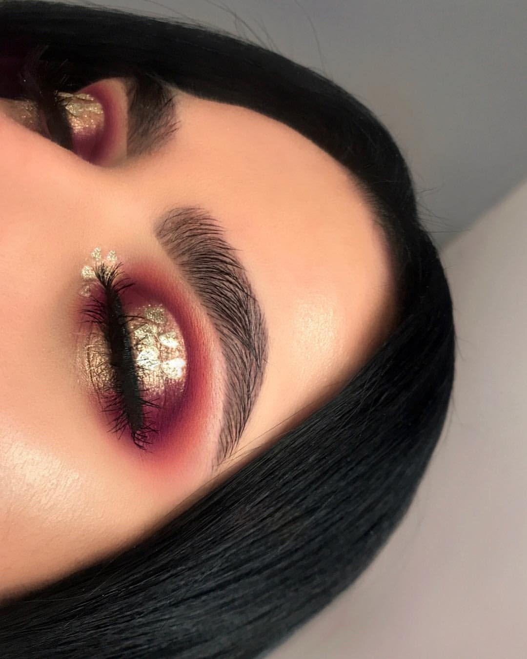 Mac cosmetics i like 2 watch gold eyeshadow #ad #makeup #beauty #macpinterest: ❤Darlings things❤ more inspiration looks