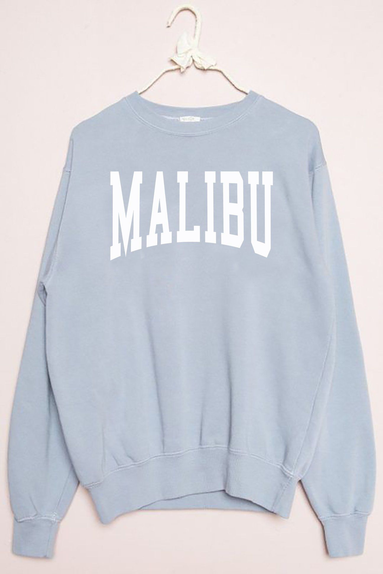bac933d7 Malibu Sweatshirt | we never go out of Style. | Sweatshirt outfit ...