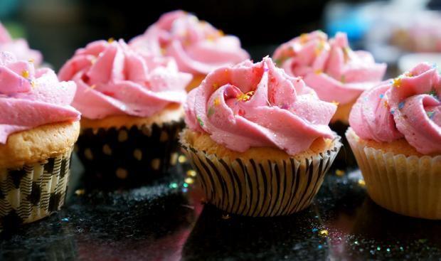 Cupcake Recipes : KTCC's Cupcake Frosting!