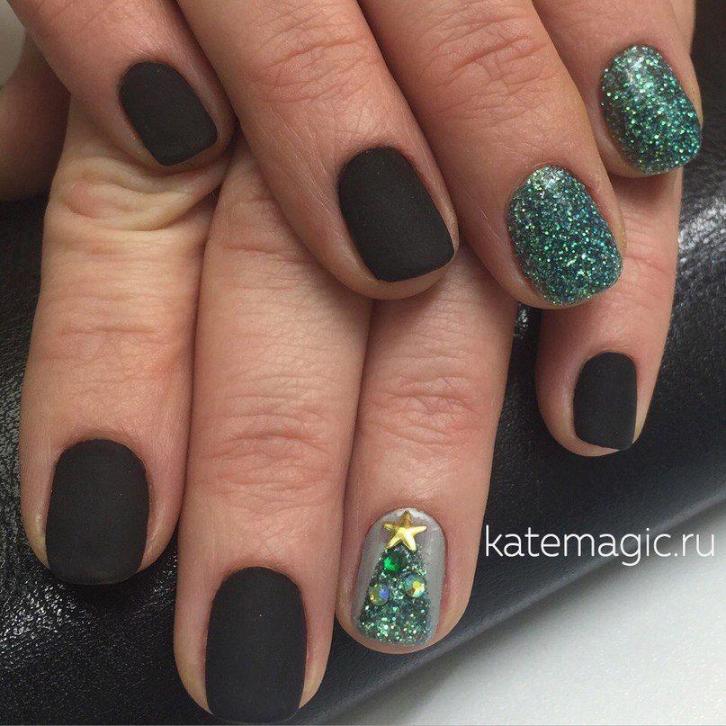 Покрытия блестками на ногти