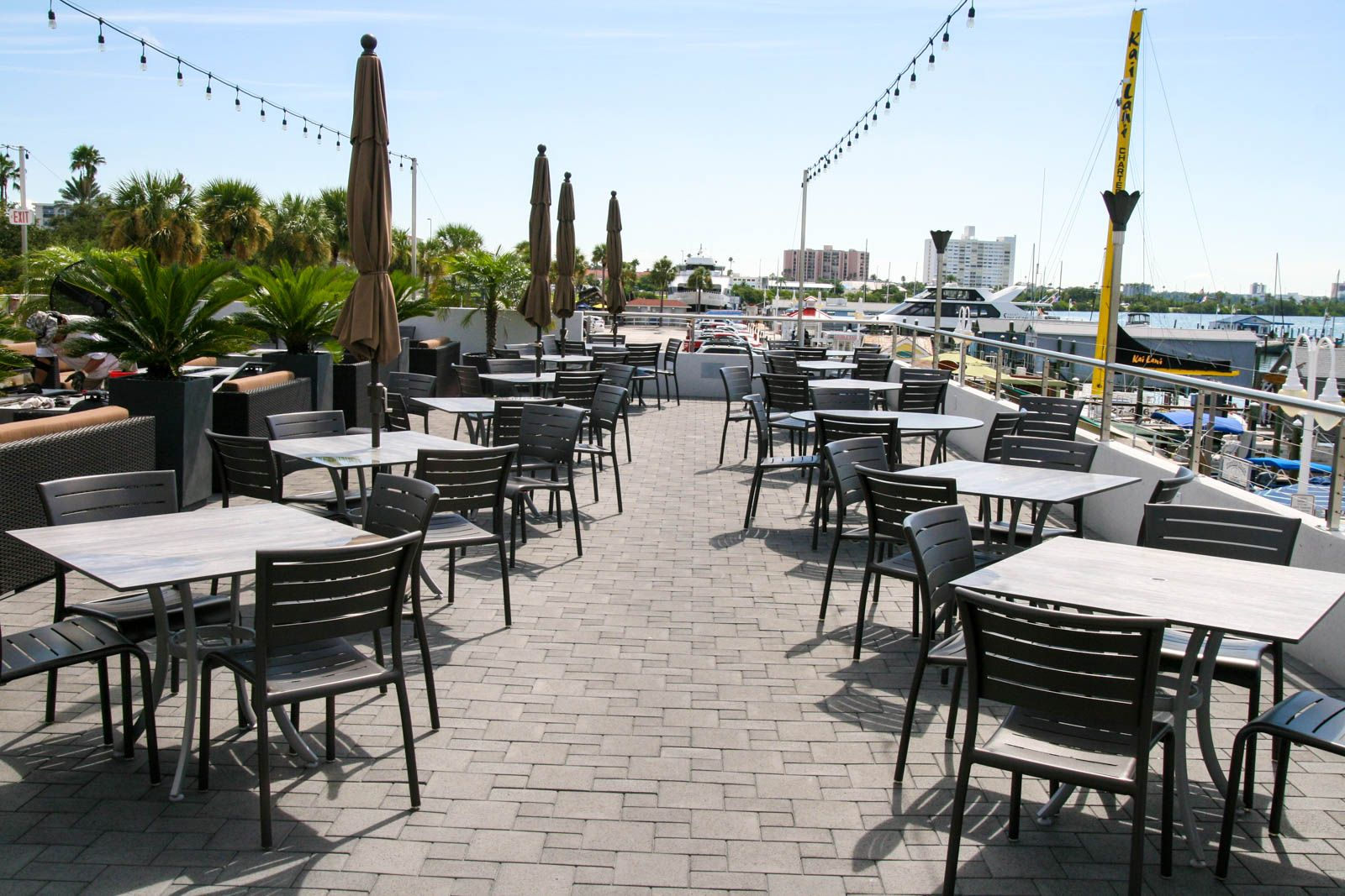 #FloridaSeating #spaces #dining #outdoor #furniture #wood #metal #restaurant