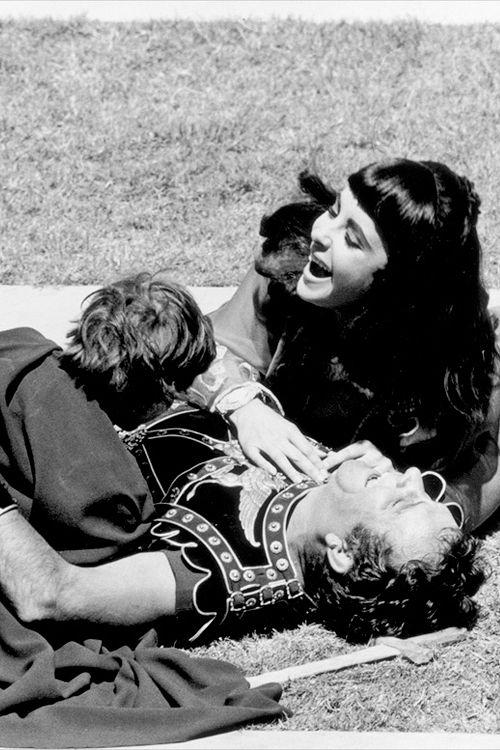 I M Mother Courage Elizabeth Taylor Cleopatra Elizabeth Taylor Richard Burton Elizabeth Taylor