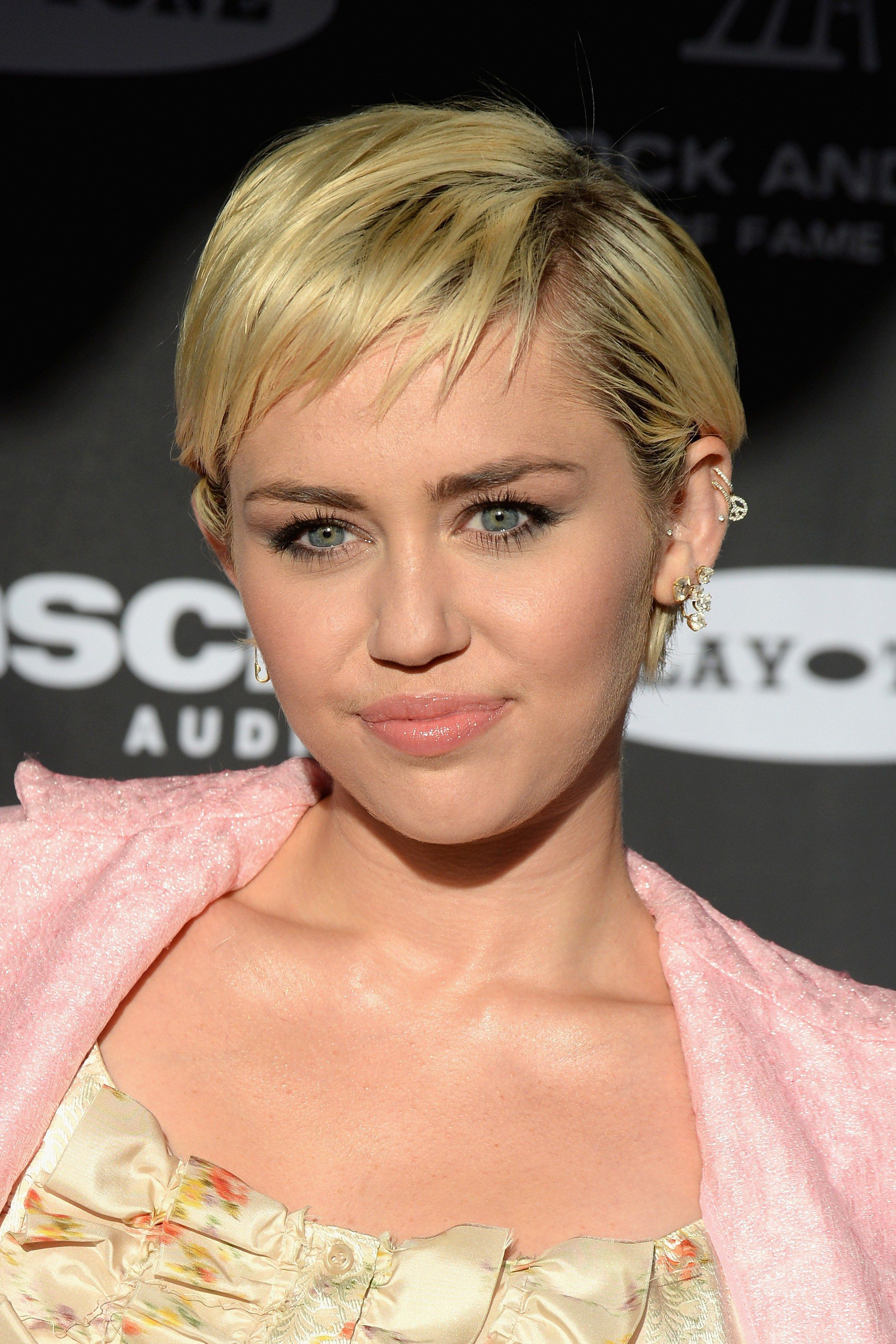 15 Short Haircuts That Will Convince You To Make The Chop Short