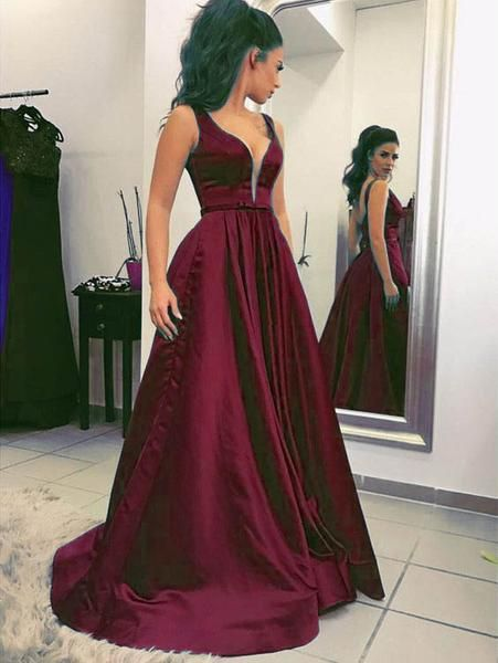 0e131acee13e61 Sexy Plunge V-Neck Green Long Prom Dresses Sleeveless Satin Prom Gowns for  Party Evening