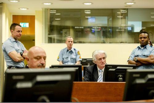 Karadzic krijgt 40 jaar voor genocide