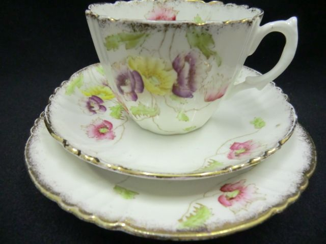 Lovely Royal Albert Edwardian floral tea trio #edwardianperiod