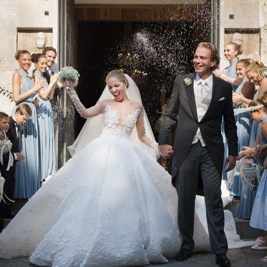 ヴィクトリア スワロフスキー 100万ドルのウエディングドレスは46キロ 桁違いに豪華なセレブ婚vol 4 控えめなウェディングドレス 花嫁 ウエディングドレス