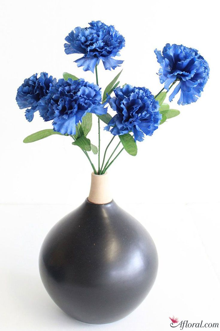 Carnations Are An Affordable Flower For Weddings And Home Decor And Are Very Easy To W Blue Wedding Flowers Bouquet Discount Silk Flowers Blue Wedding Flowers