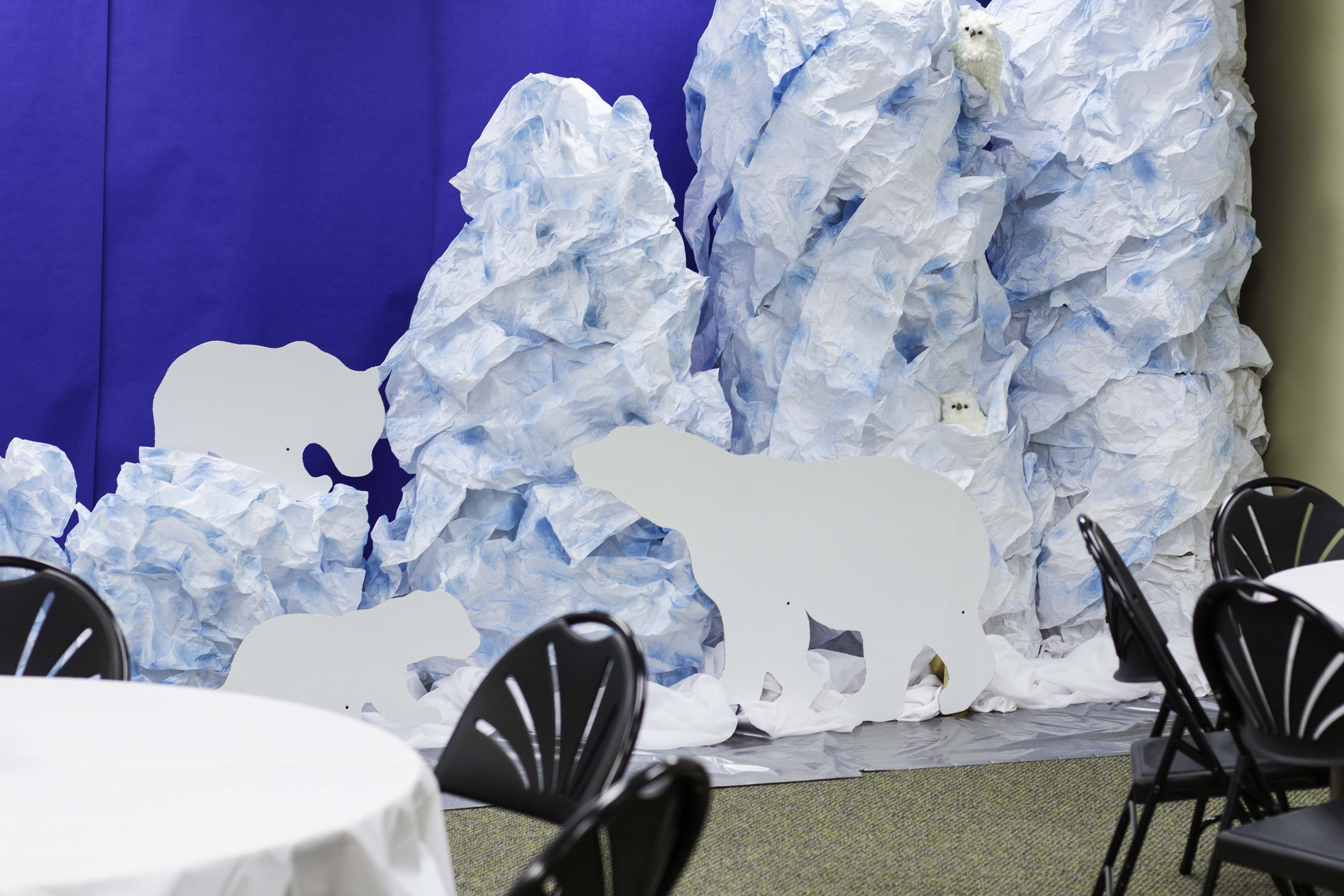 Classroom Decoration Ideas With Paper ~ Polar bear and snow decoration ideas for operationarctic