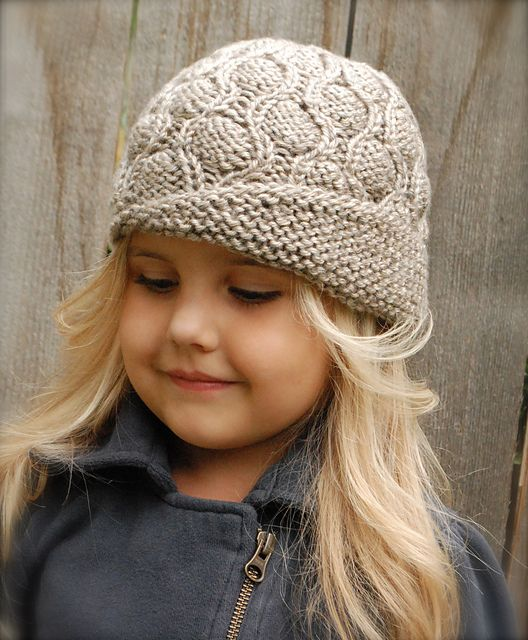 Harmony Cloche\' pattern by Heidi May | Pinterest | Ravelry, Knitted ...