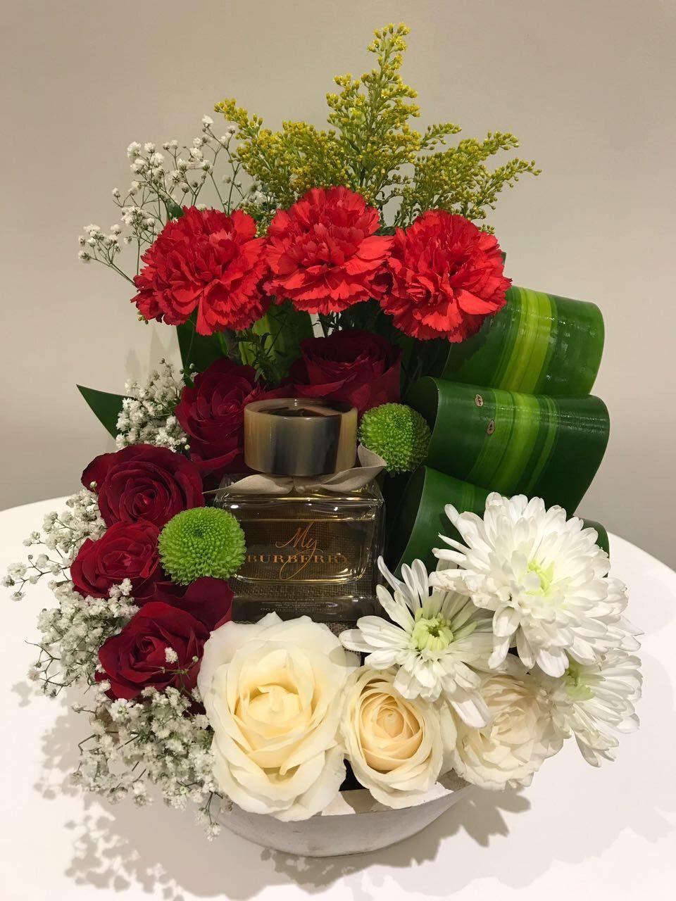 Dailyroses ورد ورد صناعي ورد طبيعي بوكيه ورد فازات فازات ورد تنسيق ورد خشبيات بالونات بالونات ه Flower Gift Ideas Lilac Wedding Bouquet Flower Gift