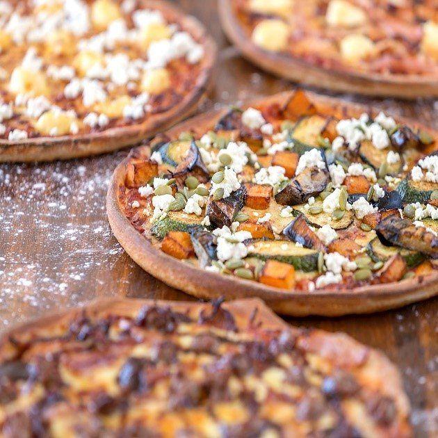 Pizza Restaurants Pizzarestaurantsnearme Pizzadeliverynearme