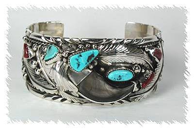 Handmade Navajo Indian Sterling Silver Coral Bear Paw Bracelet