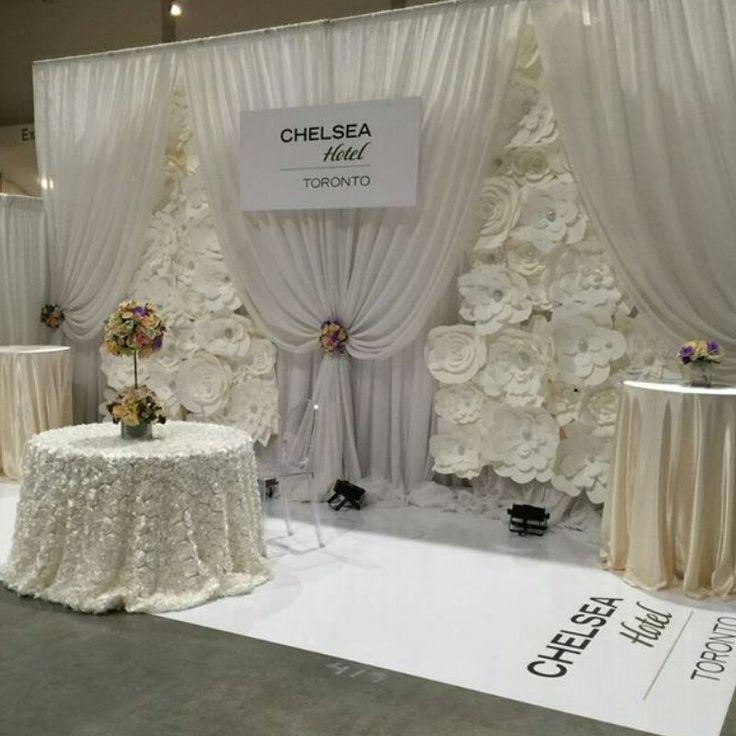32 unique and breathtaking wedding backdrop ideas paper