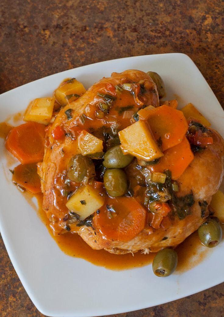 Puerto Rican Pollo Guisado (Stewed Chicken) (Spanish Food Recipes)