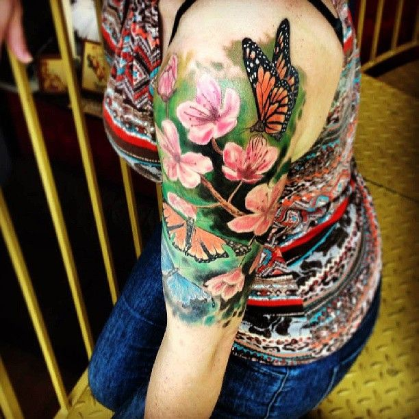 Gerbera Daisy Tattoo Sleeve Google Search Butterfly Tattoo Flower Tattoo Shoulder Tribal Shoulder Tattoos
