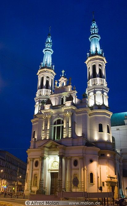 11 Saviour church at night - Warsaw