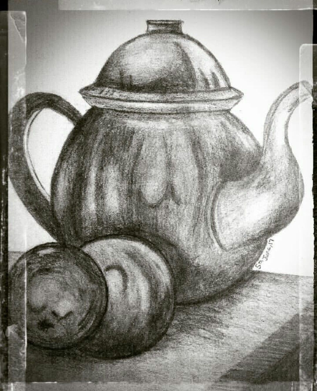 Still life made with pencil shading 😉📔🖊📋📏✏😊