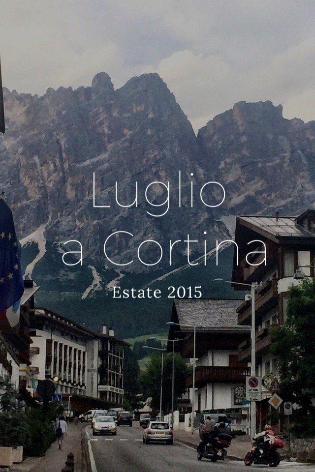 Luglio a Cortina Estate 2015 #DOLOMITES Cortina è un comune di quasi seimila abitanti in provincia di Belluno, in Veneto Ma è, soprattutto, la regina delle Dolomiti Paradiso degli sportivi Diletto per i meditabondi I panorami si insinuano dentro casa