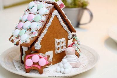 Piggies Gingerbread House