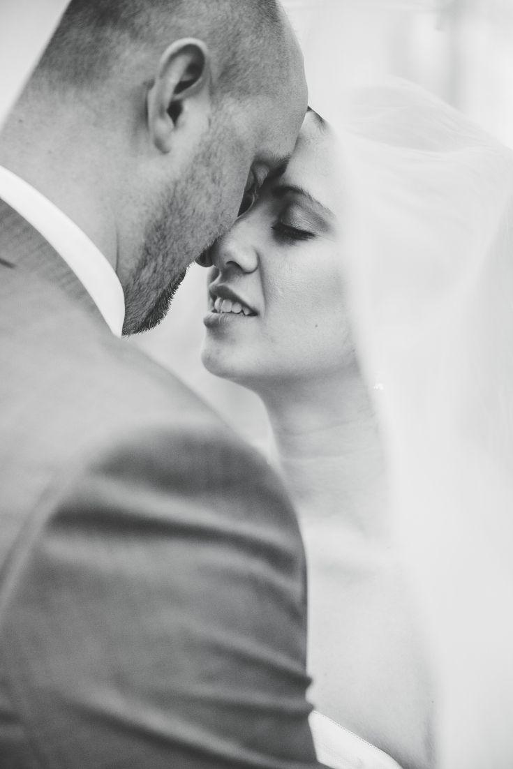 Wedding Picture Photo Ideas Wedding Dress Groom Bride Spring