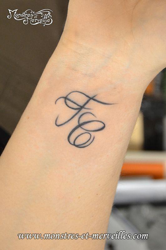 Tatouage Poignet Recherche Google Tats Tattoos Tattoo Designs