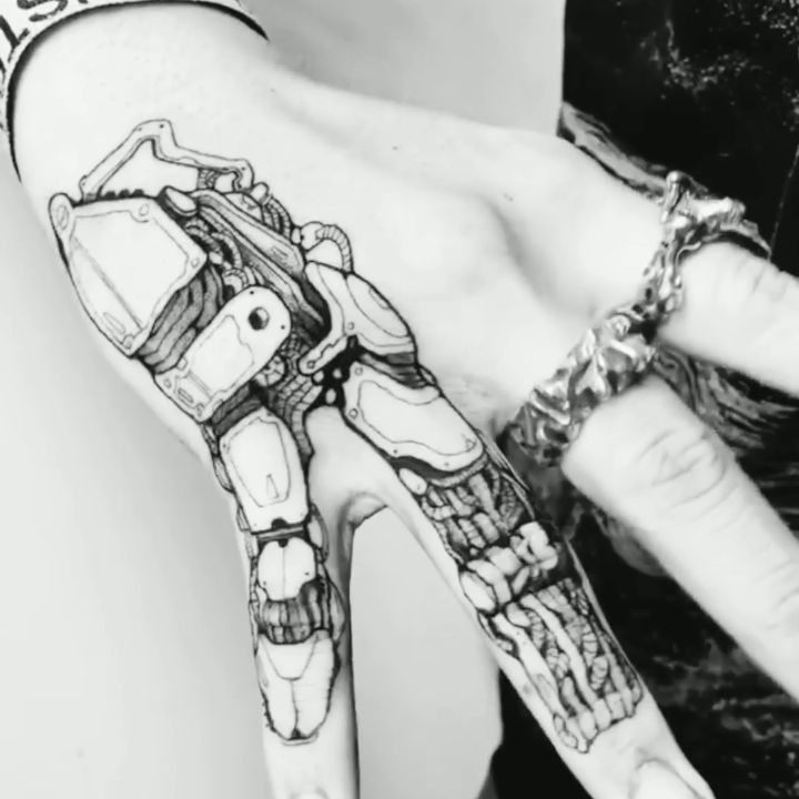 Te gusta ? Deja tu opinión en los comentarios 🔥. . WHATSAPPS +58 412 160-7977. Link en bio 📲. . . . . . . #beharotattoo #tattoolife #tattooworkers #tatuajes #tattoo #diseñodigital #venezuelatattoo #venezuela #maracaibocity #maracaibo #tattooblackwork #black #inktattoo #dynamic #kurosumiink #tatuajes #tattoolife #tattoocommunity #tattooworld #art #tattooart #tattoodo #zulia #tattooblack .