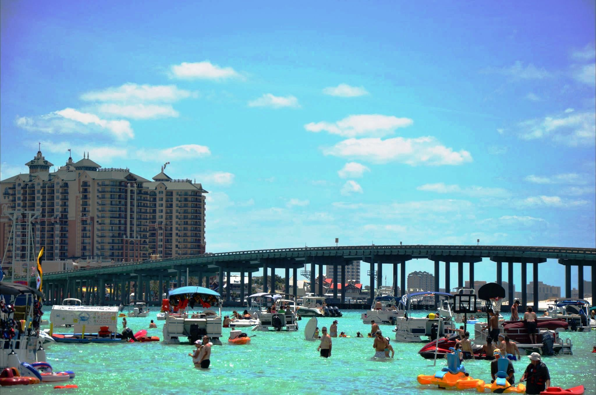 cruise to destin florida 39 s top attraction crab island skip the traffic and cruise on. Black Bedroom Furniture Sets. Home Design Ideas
