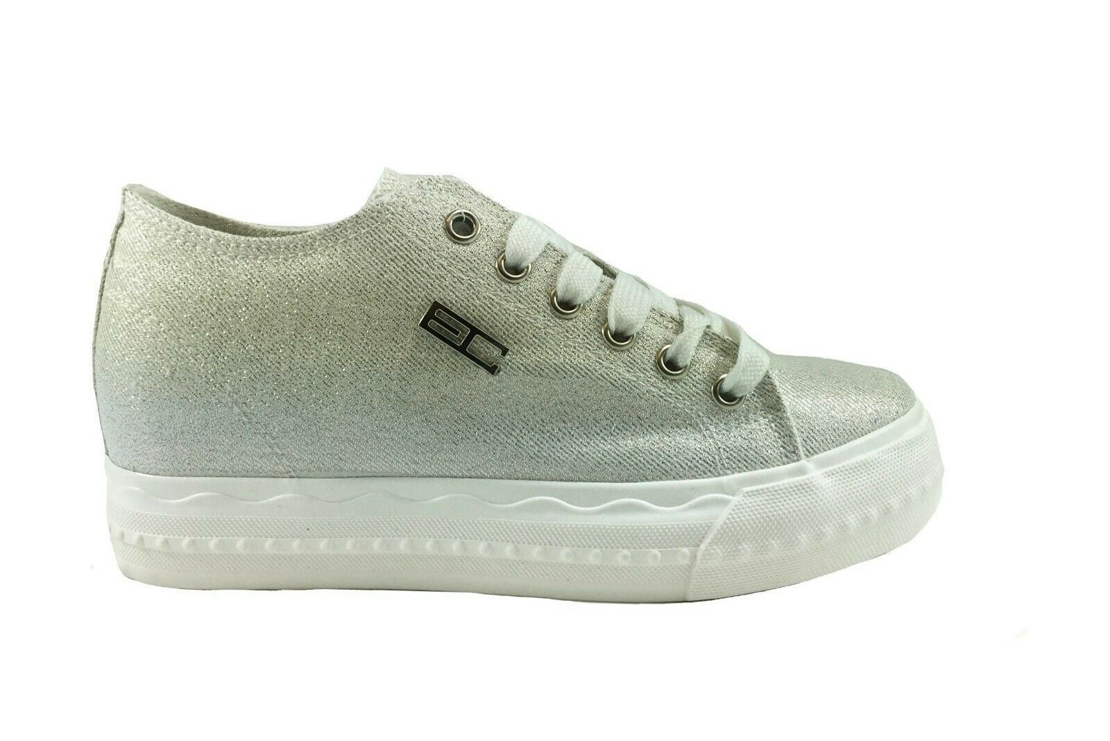 scarpe donna adidas con zeppa interna