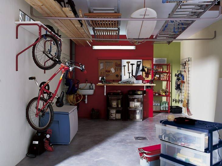 Des Garages Bien Optimises Leroy Merlin Garage Organization Garage Organisation Smart Storage