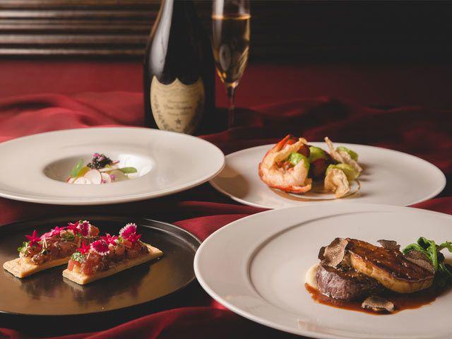 聖夜に求めるは 圧倒的非日常感 豪華ディナーと魅惑の空間がムーディーな夜を演出 東京カレンダー ディナー 食べ物のアイデア 高級料理