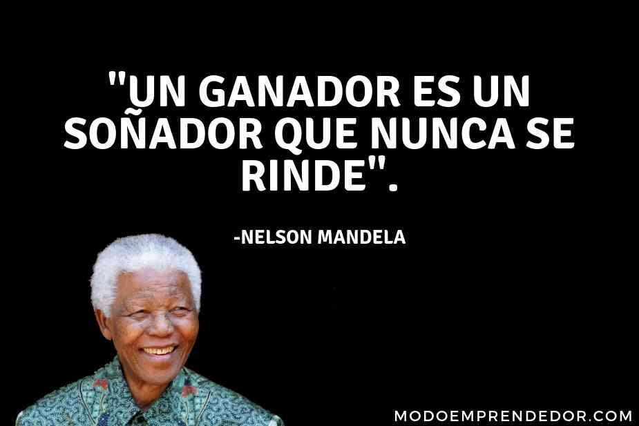 73 Frases De Nelson Mandela Que Te Inspirarán A Vivir Mejor Frases De Nelson Mandela Frases Sabias Frases Educativas