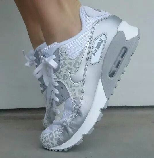 0dfa612399d Pin by Little Enigma II on Sneakers