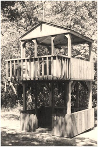 3 Free Treehouse Plans   Build An Old Time Western Storefront Style  Playhouse,