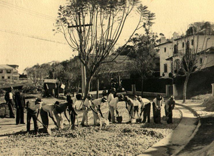 06 09 1935 Rua Atibaia No Bairro De Perdizes Em Obras De