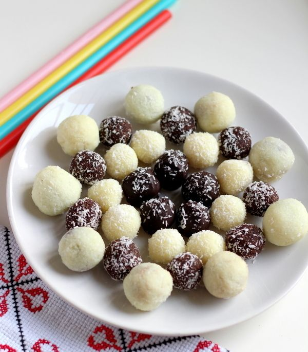 Chocolate Coconut Balls Recipe With Condensed Milk Choco Coco Balls Recipe Condensed Milk Recipes Milk Recipes Homemade Chocolate