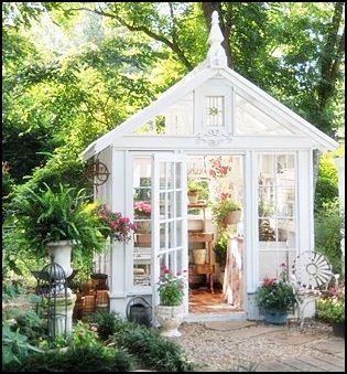 I love glass houses.
