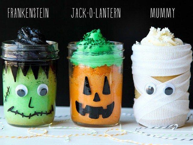 01-halloween-mason-jars-cakes-lgn-64184828.jpg (640×480)