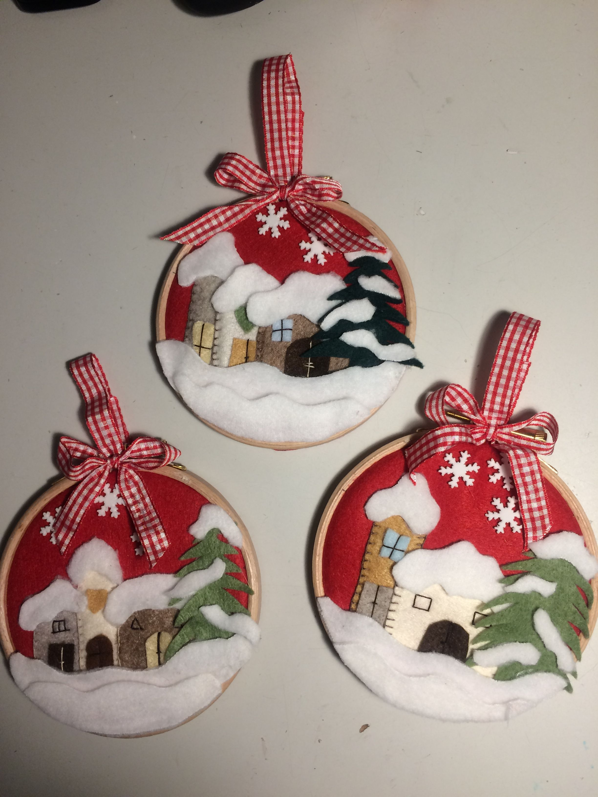Pannolenci Lavoretti Di Natale.Tamburelli Da Appendere All Albero Di Natale Decorazioni Natalizie Progetti Di Natale Idee Natale Fai Da Te