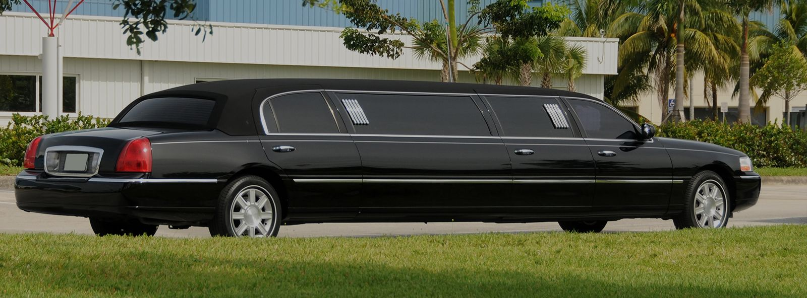 Limousine Service with Affordable Transportations