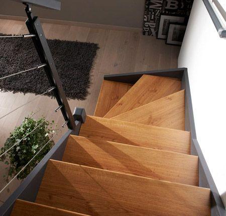 Comment Renover Un Escalier En Bois Notre Tutoriel Complet Lapeyre Renover Escalier Escalier Relooking Escalier Bois