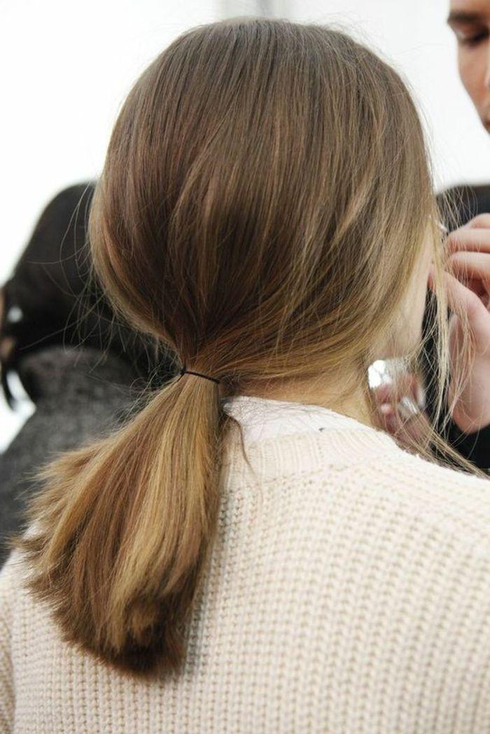 1001 + idées de queue de cheval pour cheveux courts