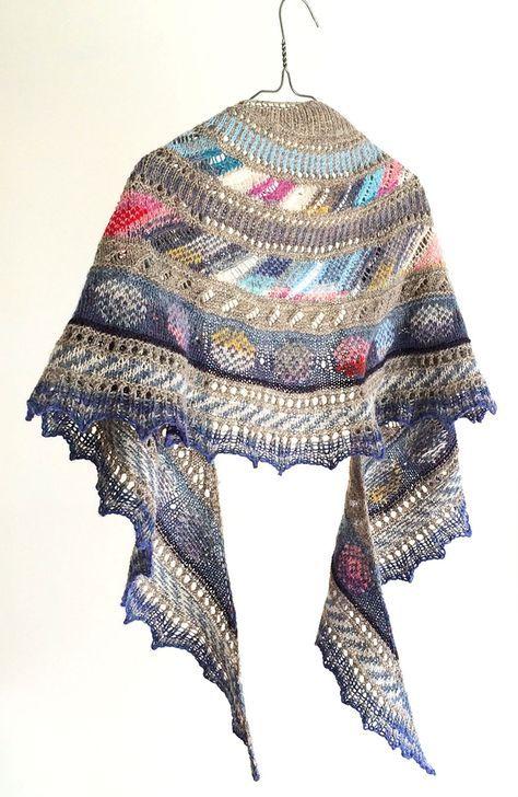 knit/lab colorwork crescent $5.75 pattern | Sjalsmønstre | Pinterest ...
